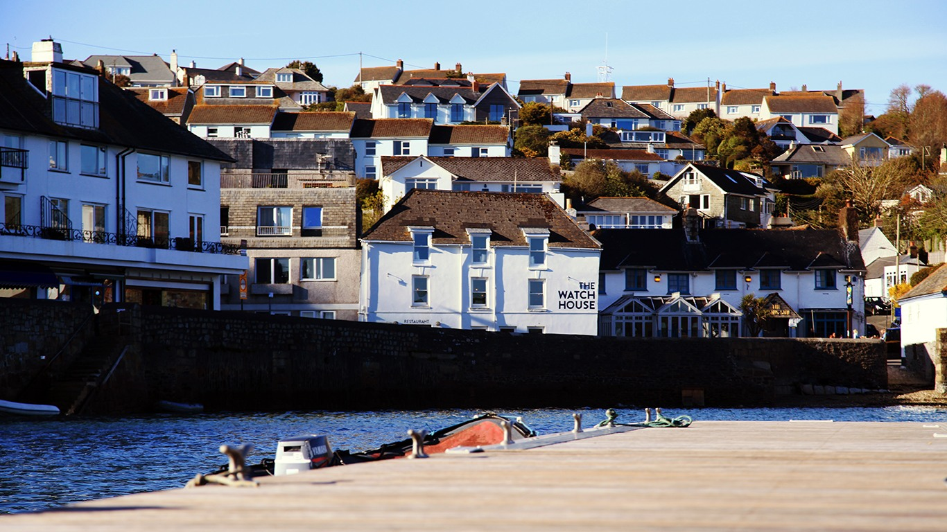 Harbour Views & Sensational Seafood at The Watch House St Mawes