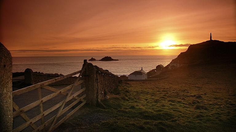 Sunset chasing, Cornwall style