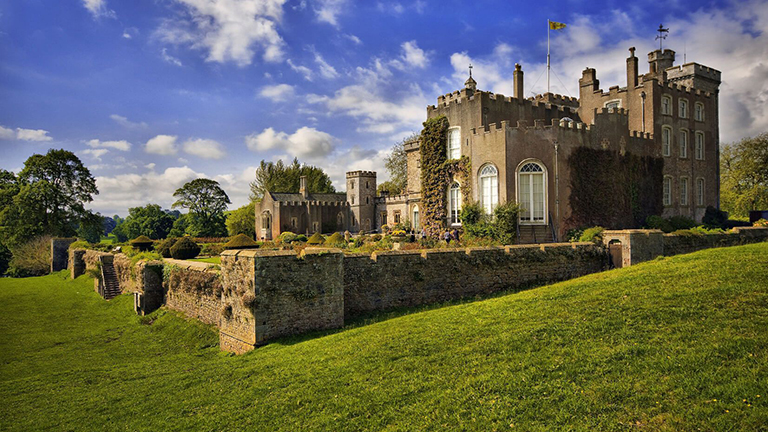 Powderham Castle, Kenton