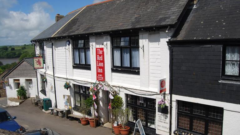 The Red Lion Inn, Dittisham