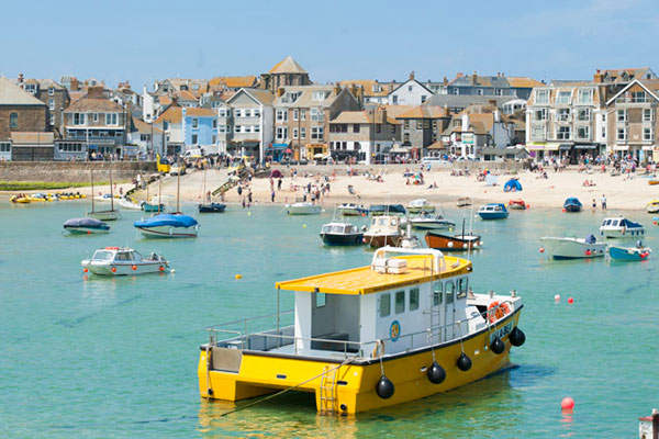 St Ives harbour boats